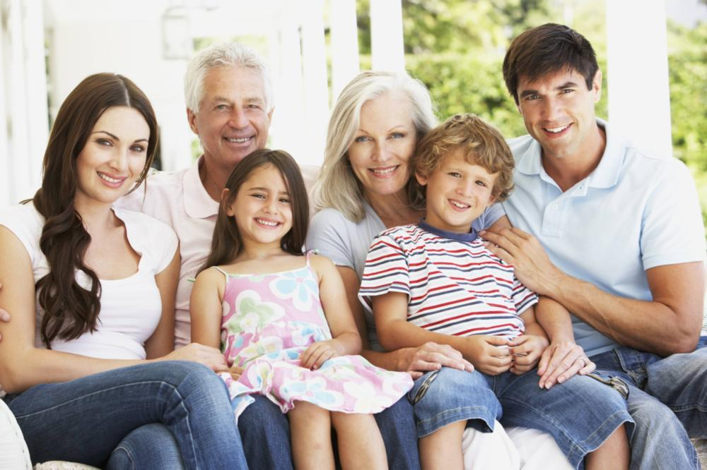 A multi-generational family smiles | Medina OH dentist